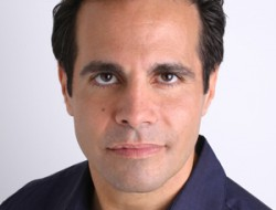 Mario Cantone headlines at the Snoqualmie Casino this Thursday, March 19th!!