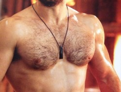 Note: Henry Cavill is not being auctioned off at the Purr Bartender Auction. However, he is HOT and that hotness probably made you click on the post so it's all for a good cause.