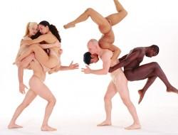 pilobolus_dancers_02