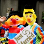 Now that gay puppets can wed in ALL 50 states, it's a great day to be gay in Seattle. Happy Pride !