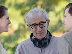 Woody Allen directs Kristen Stewart and Jesse Eisenberg in