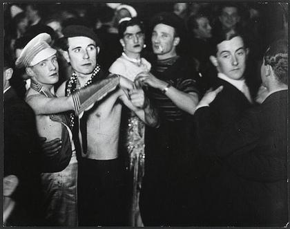 gayberlinmendance1920s