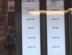 A new sign has appeared in the window of the old Purr space at 1518 11th Ave between Pike and Pine on Capitol Hill.