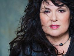Ann Wilson of Heart will headline an outdoor summer show at Snoqualmie Casino this July