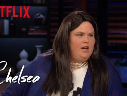 "Fortune Feimster as Sarah Huckabee Sanders on ""Chelsea Lately"""