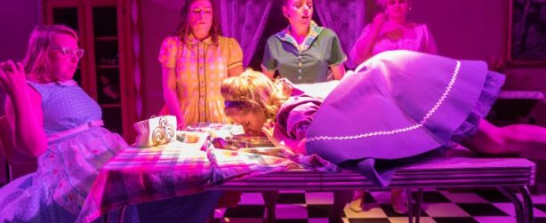 """""""Five Lesbians Eating A Quiche"""" produced by Fantastic.Z Theatre Company. Photo: Alex Garland"""