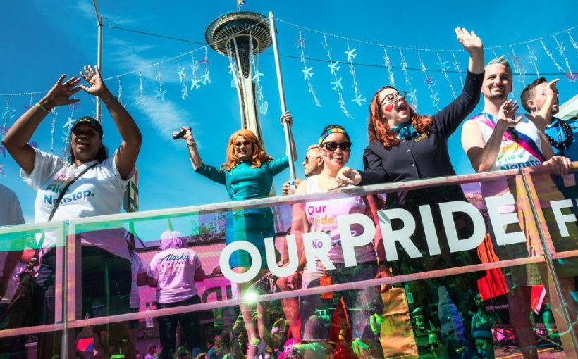 Pride18ParadeGowdyJInkxNeedle