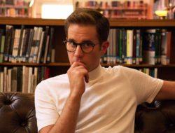 Ben Platt in the upcoming Ryan Murphy show THE POLITICIAN dropping on Netflix on September 27, 2019.